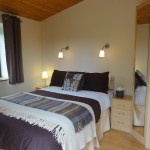 Chocolate bedroom - Lon Lodges self catering cottage holidays