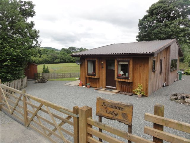 Lon Lodges - Self Catering Luxury Accommodation with Hot Tub