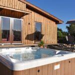 Ash Lodge hot tub