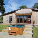 Sycamore Lodge hot tub - Lon Lodges, Rhayader, Powys, Mid Wales